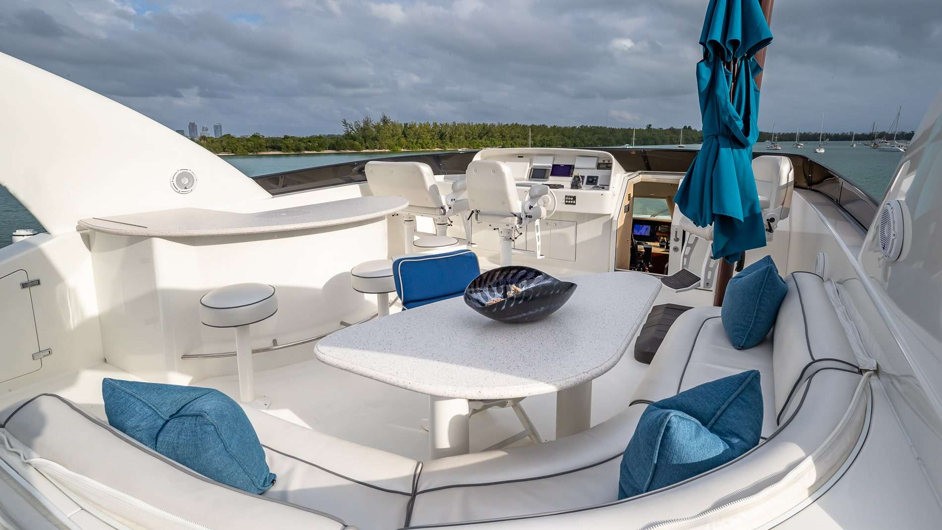 motor yacht IV TRANQUILITY