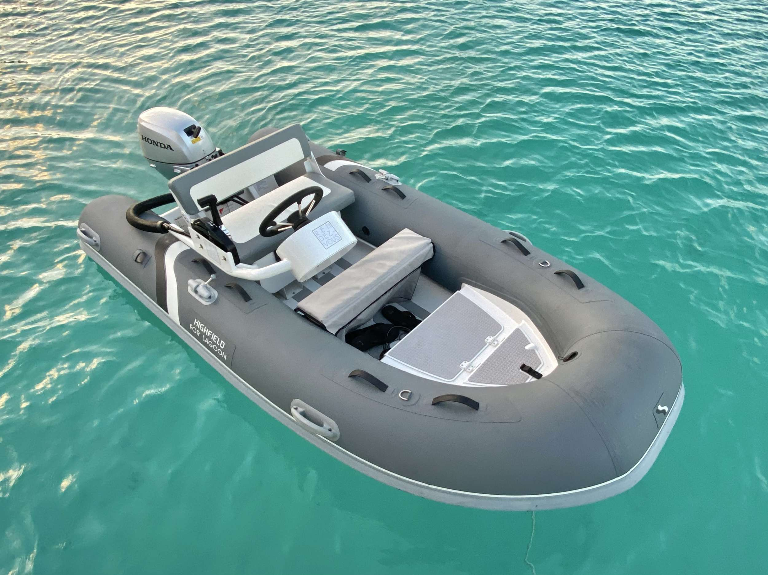 RENDEZ-VOUS yacht image # 18
