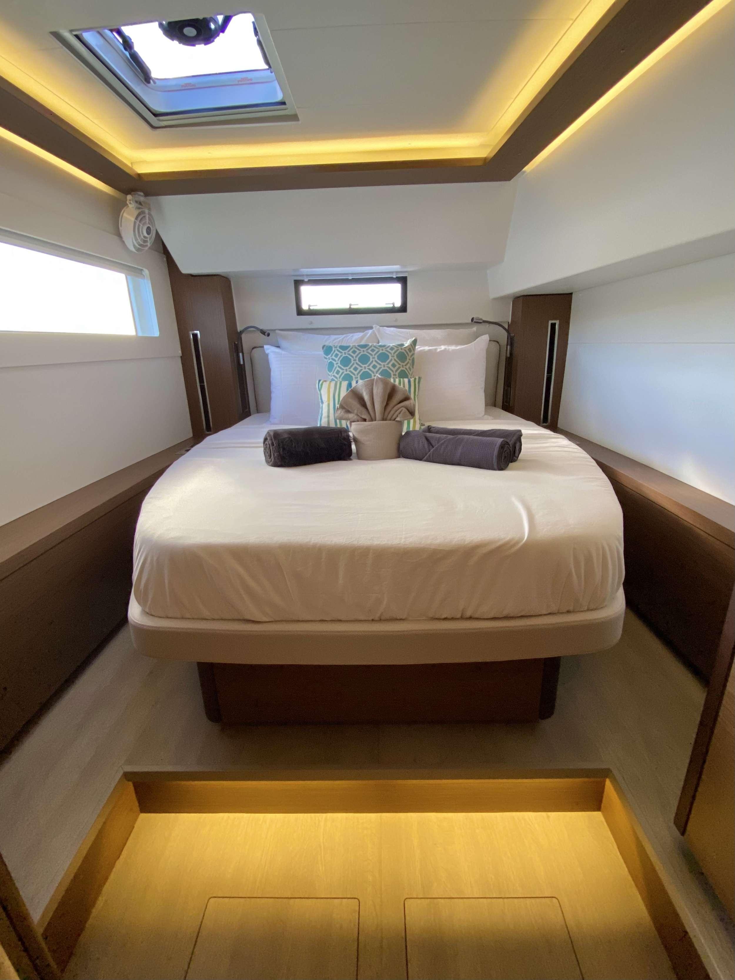 RENDEZ-VOUS yacht image # 8