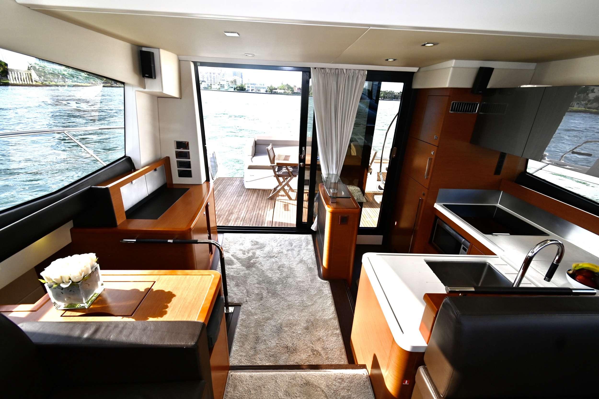 60 Prestige yacht image # 9