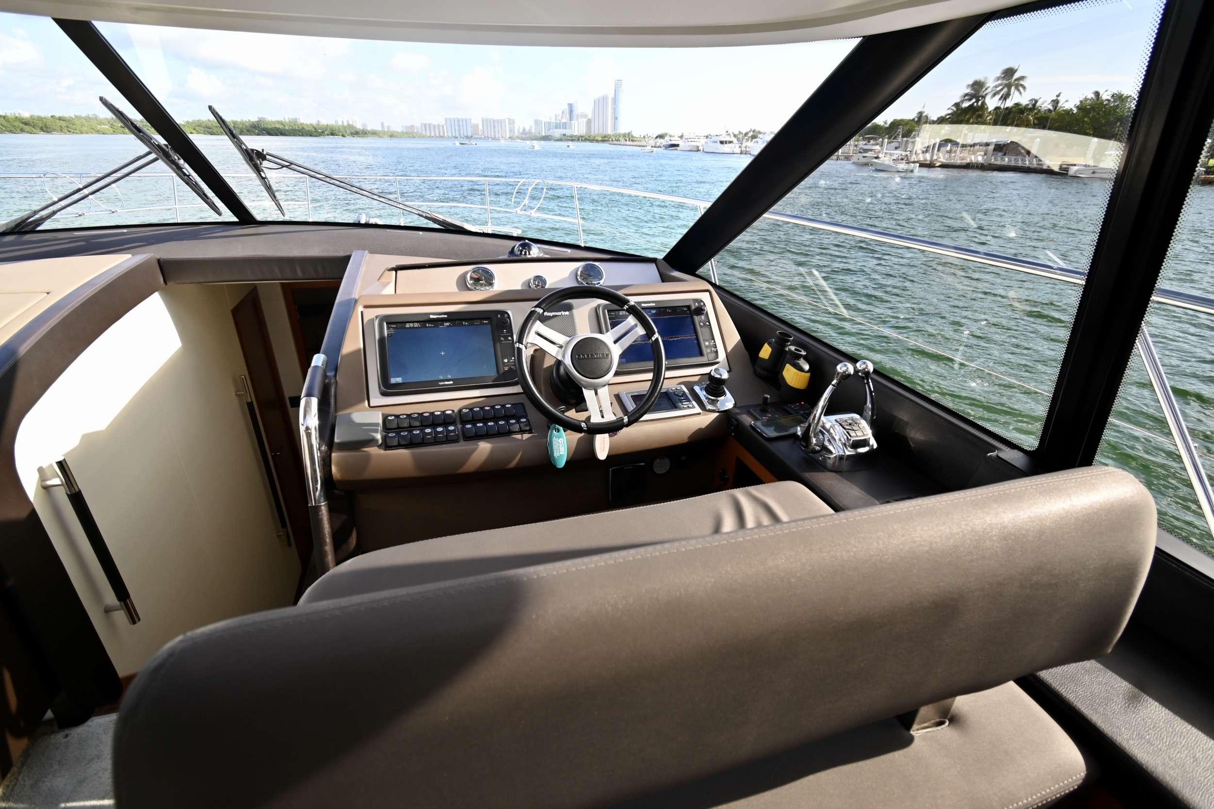 60 Prestige yacht image # 13