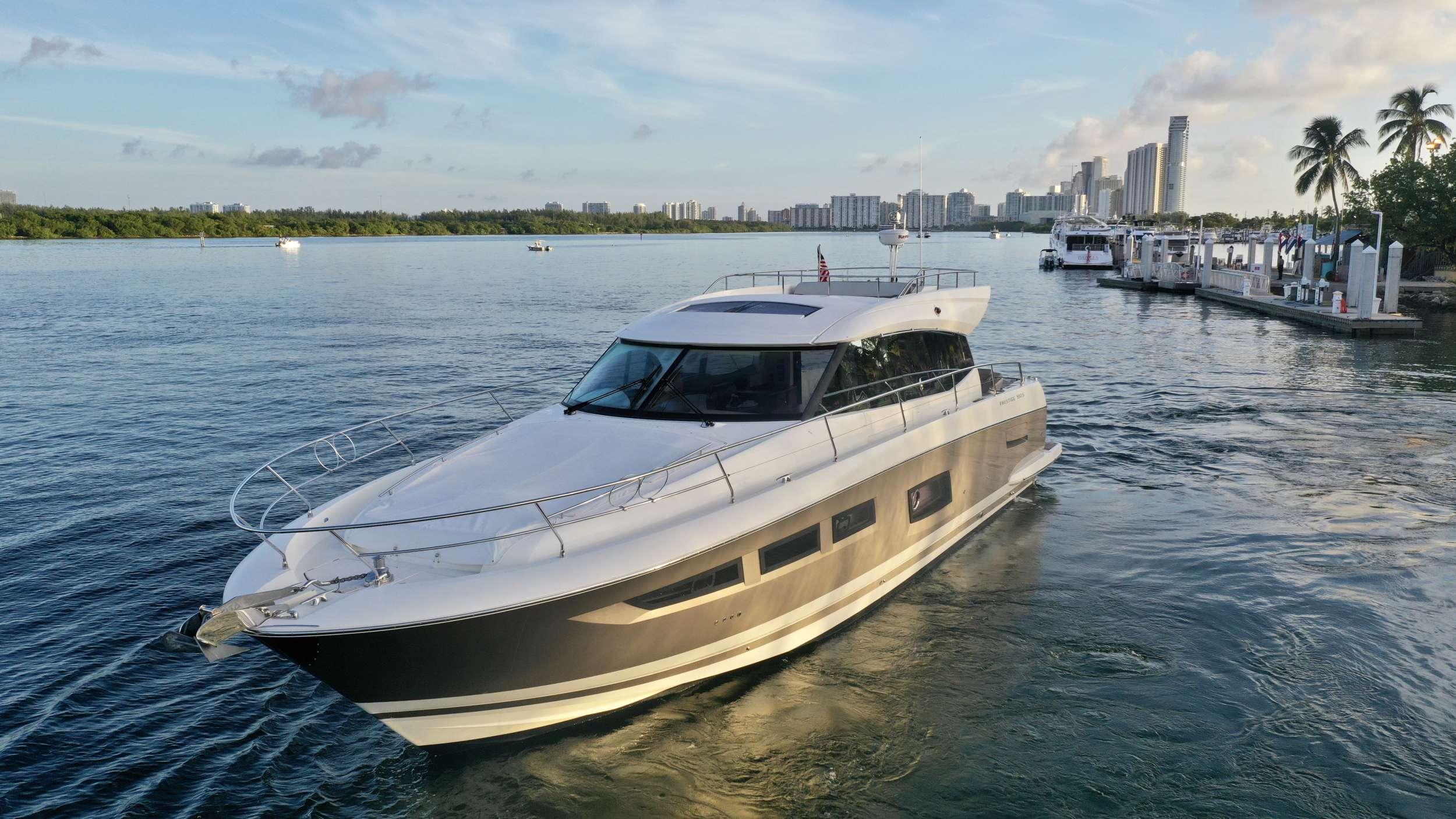 60 Prestige yacht image # 15
