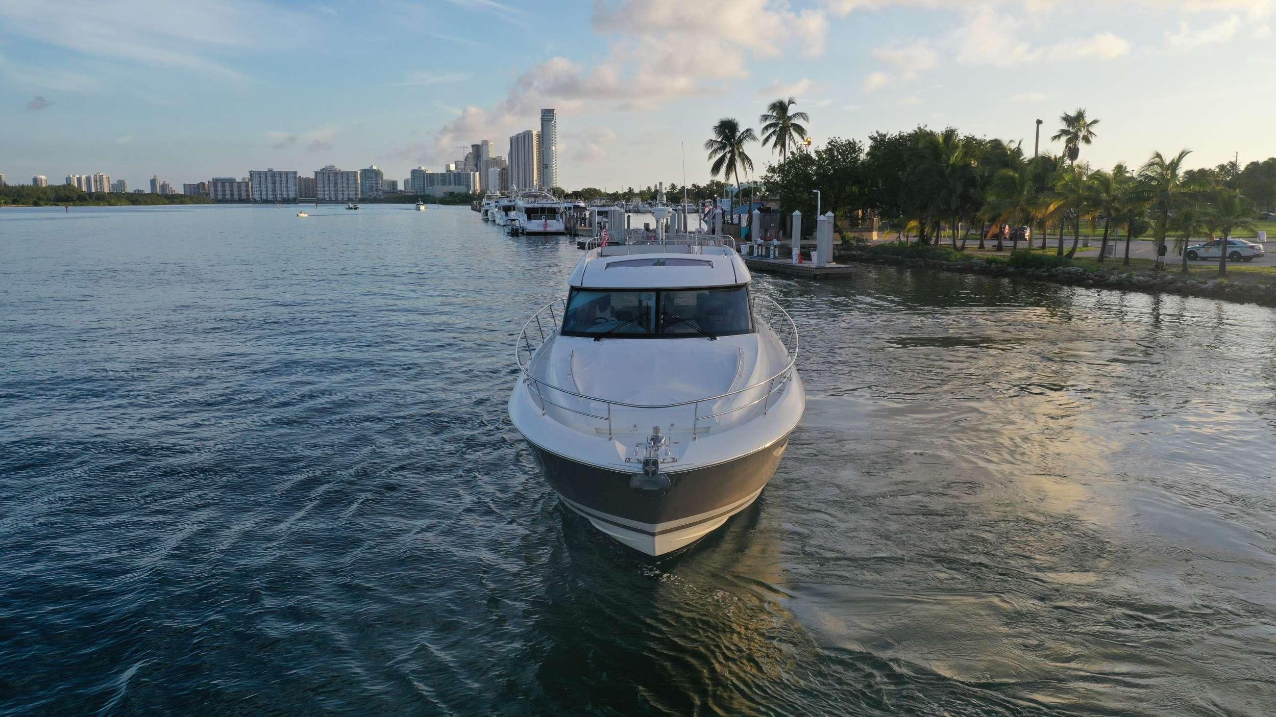 60 Prestige yacht image # 2