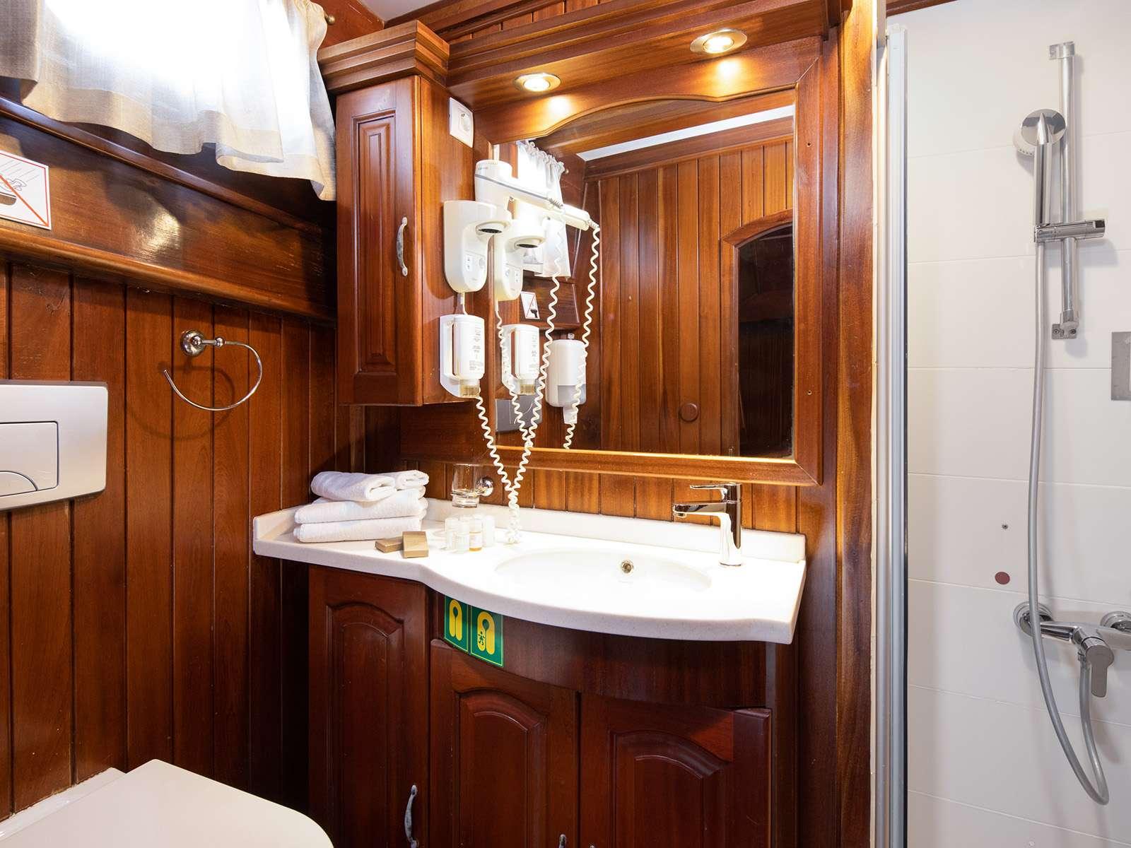 NOSTRA VITA - Bathroom