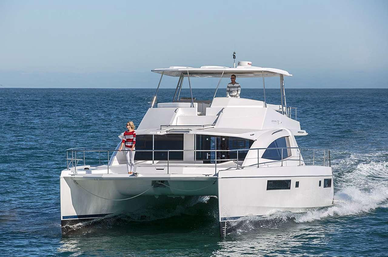 SOMEWHERE HOT yacht image # 10