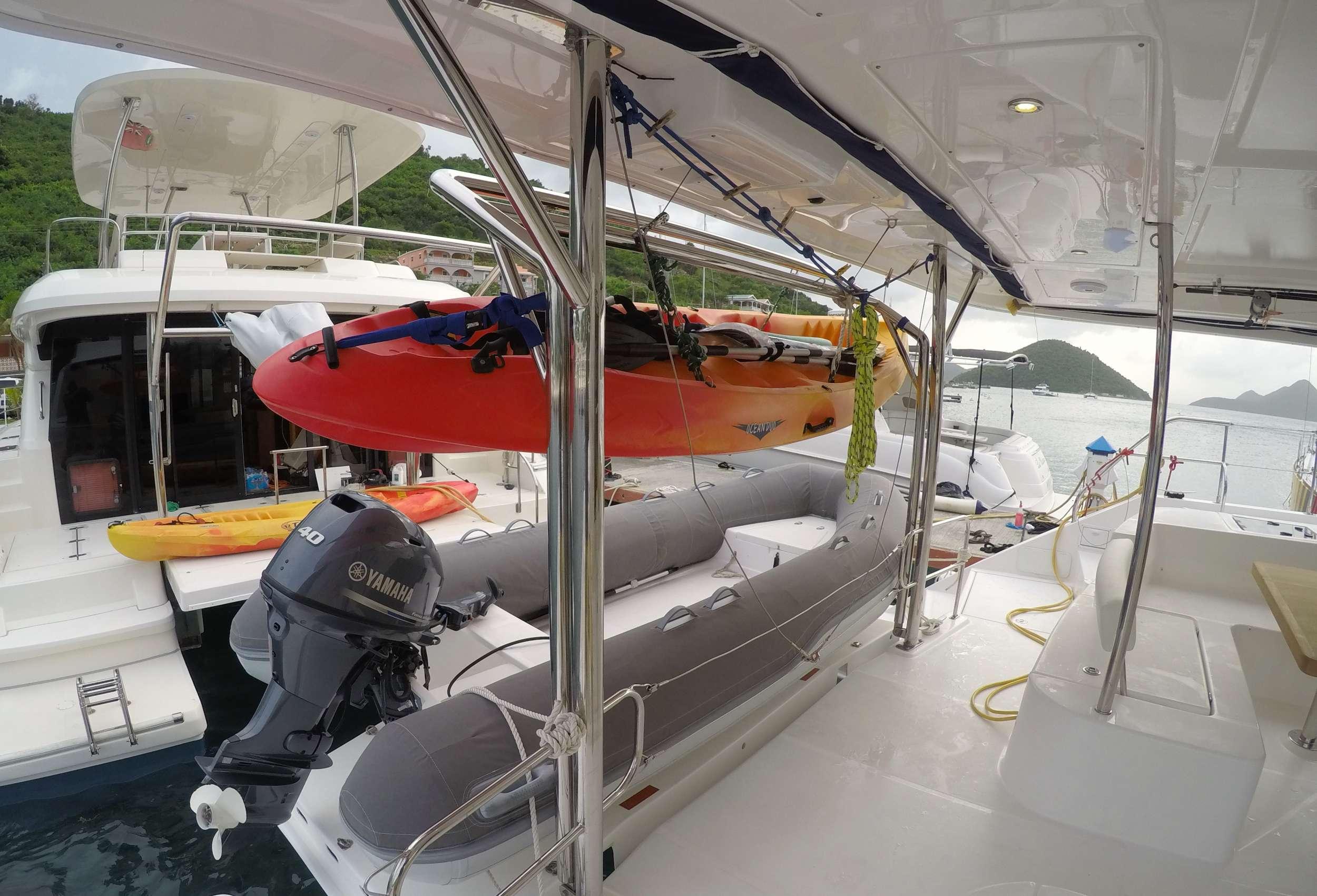 SOMEWHERE HOT yacht image # 11