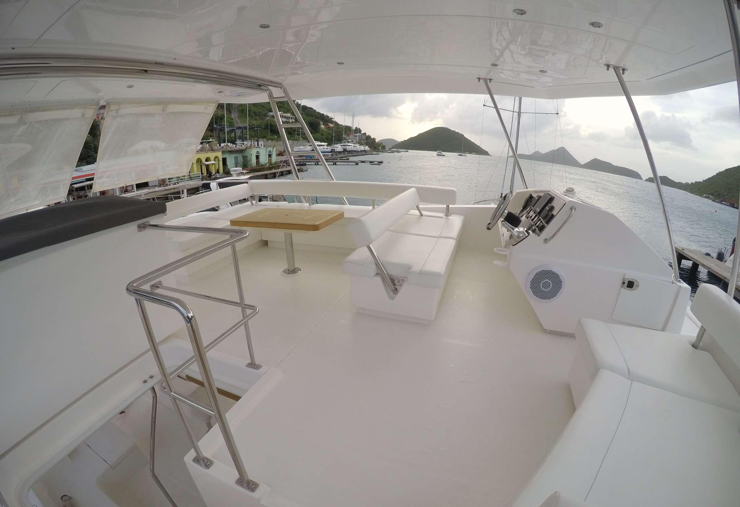 SOMEWHERE HOT yacht image # 13