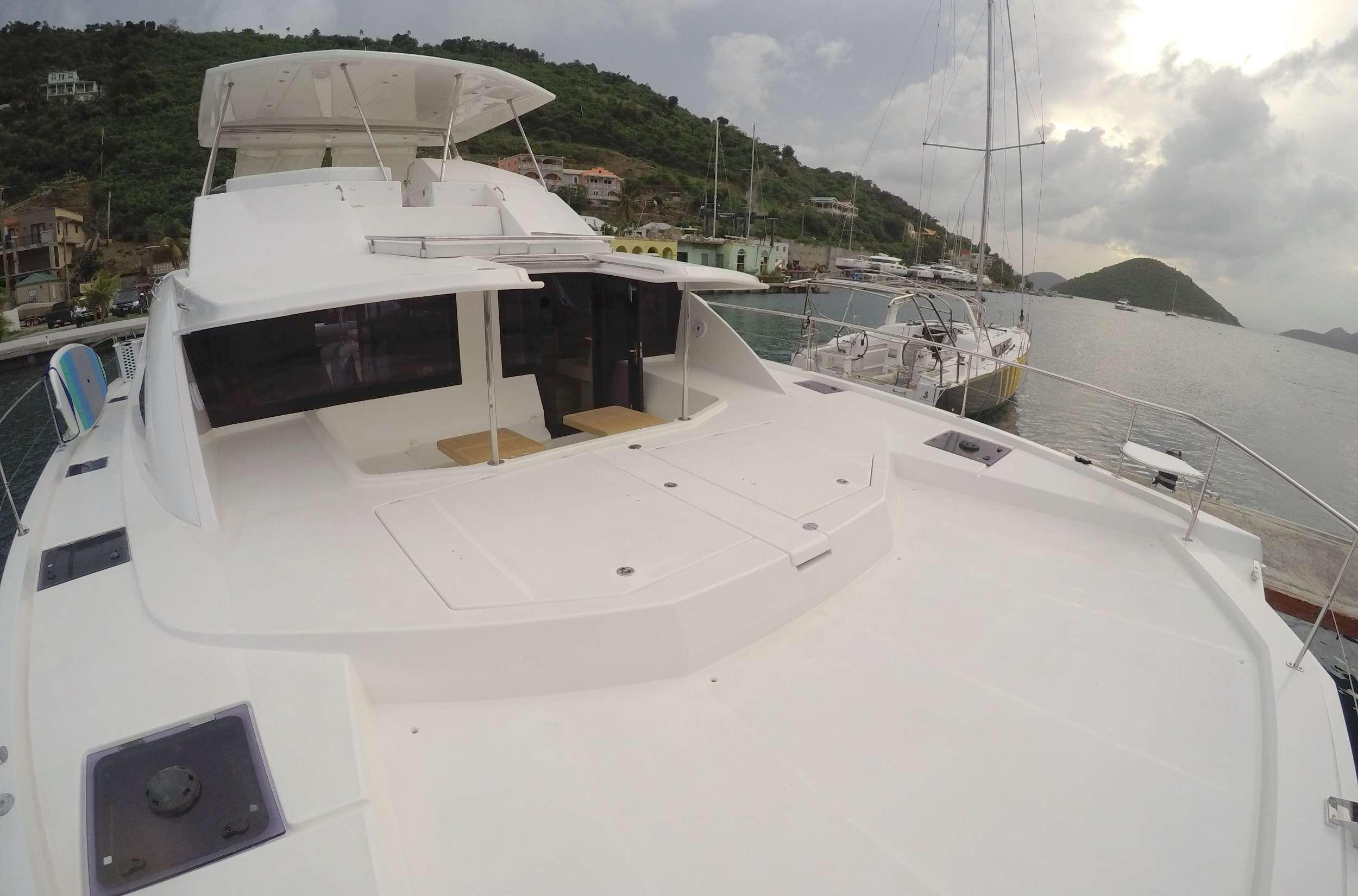 SOMEWHERE HOT yacht image # 16