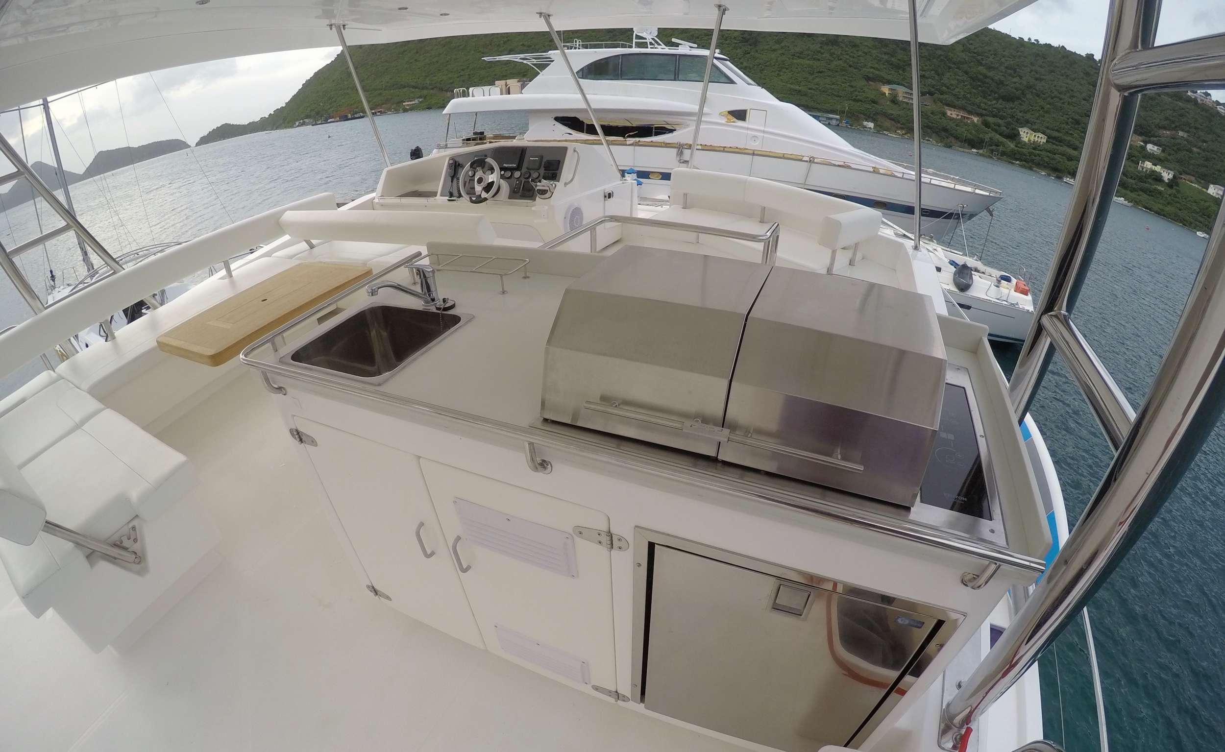 SOMEWHERE HOT yacht image # 18