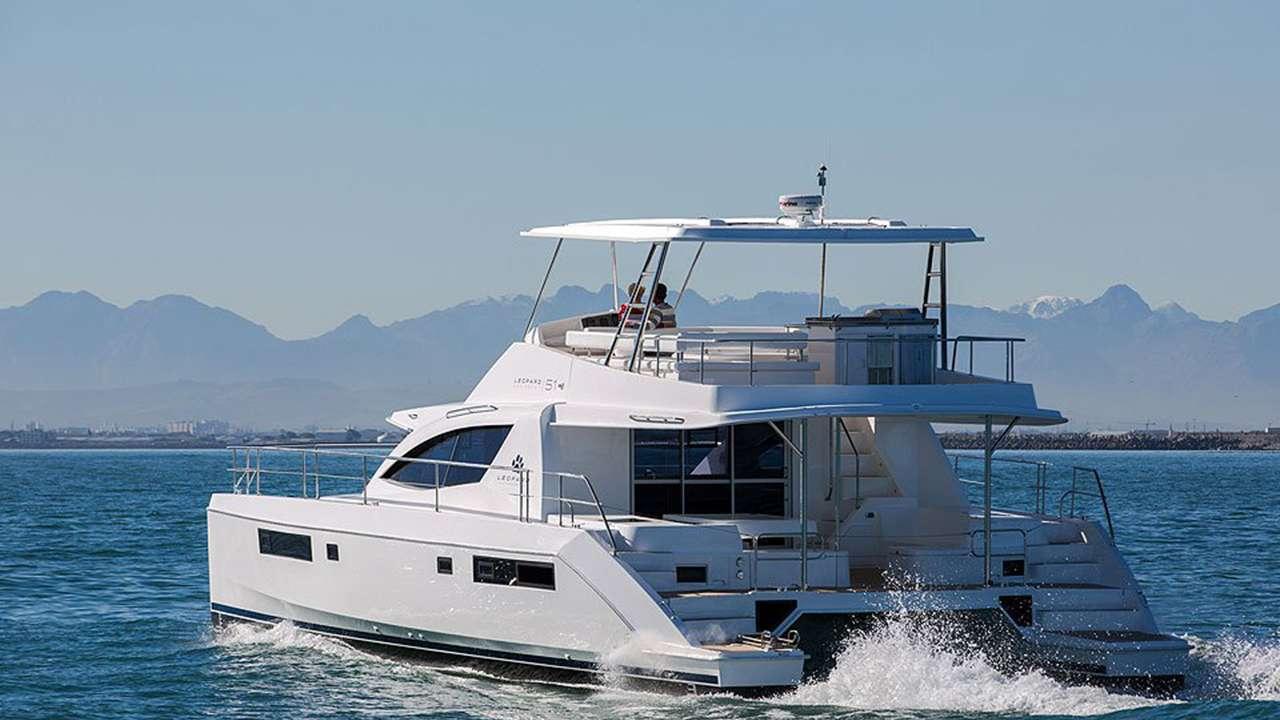 SOMEWHERE HOT yacht image # 4