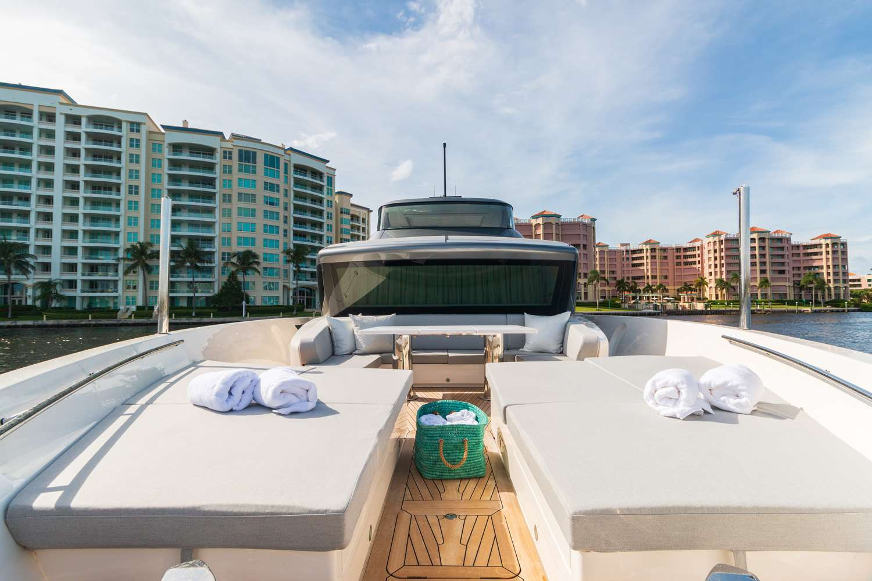 motor yacht MON CHATEAU