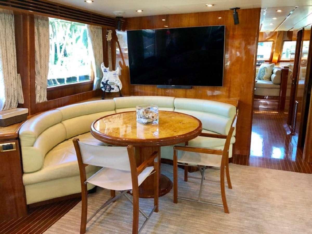 motor yacht TORTUGA