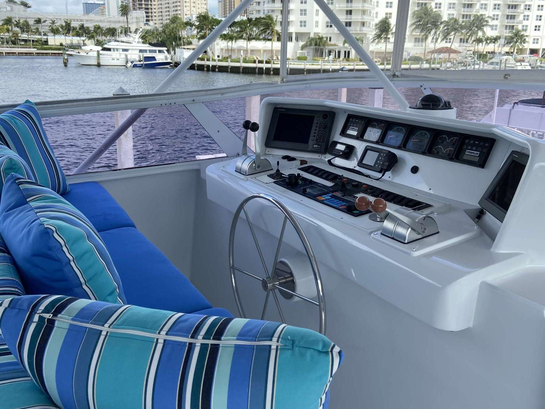 motor yacht LADY GRAY