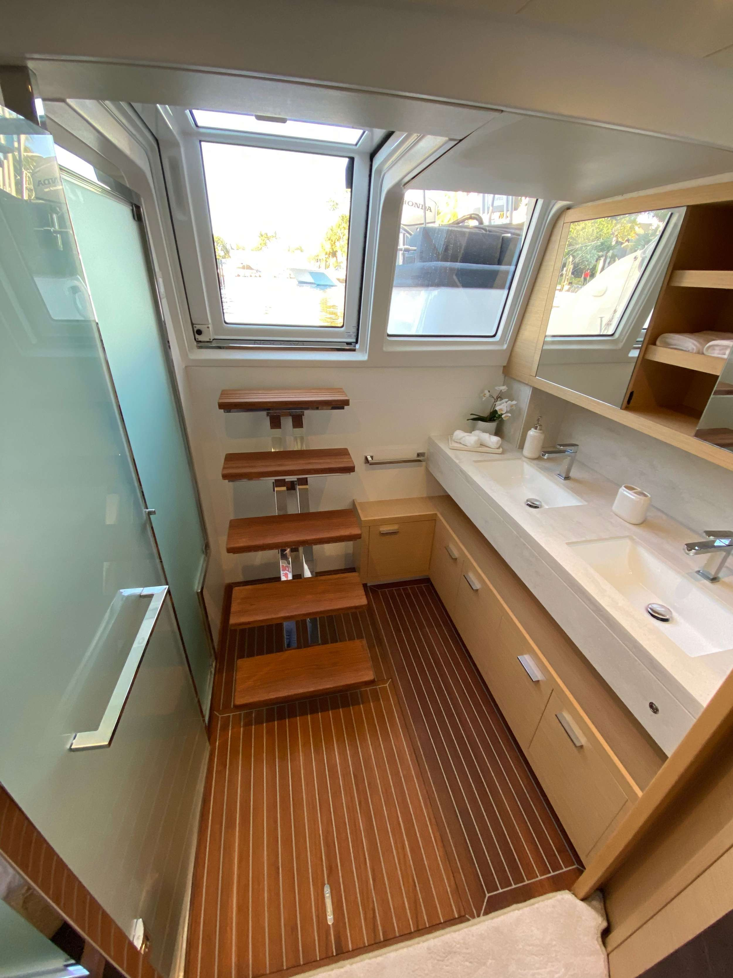 Primary sink, shower, aft access