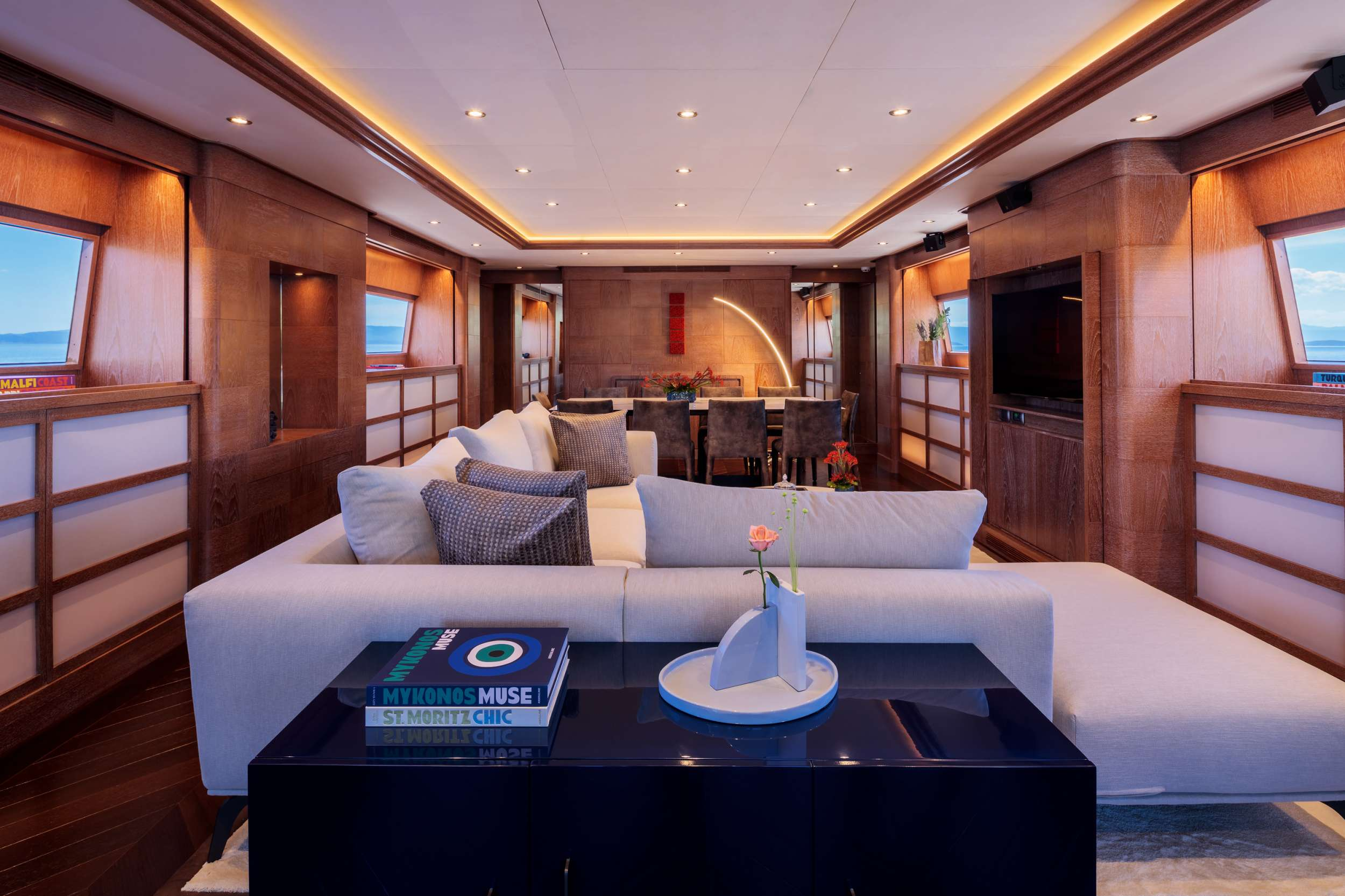motor yacht SHOOTING STAR