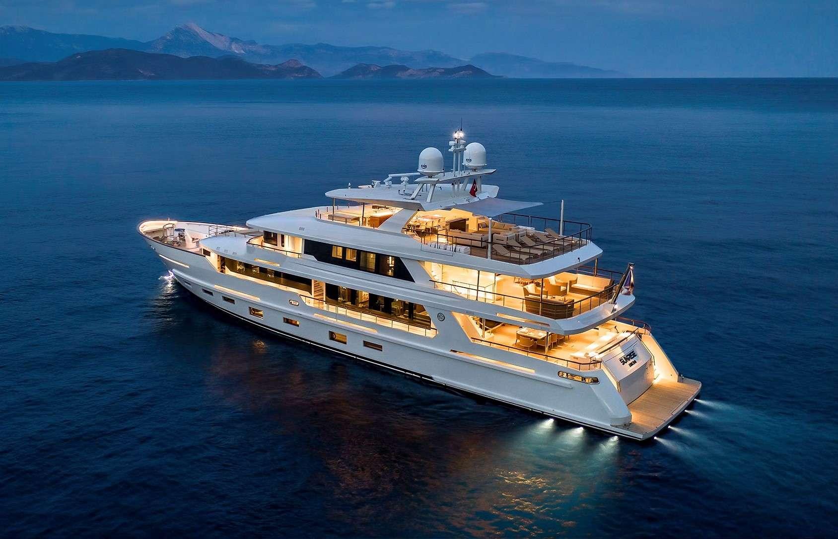 motor yacht SUNRISE
