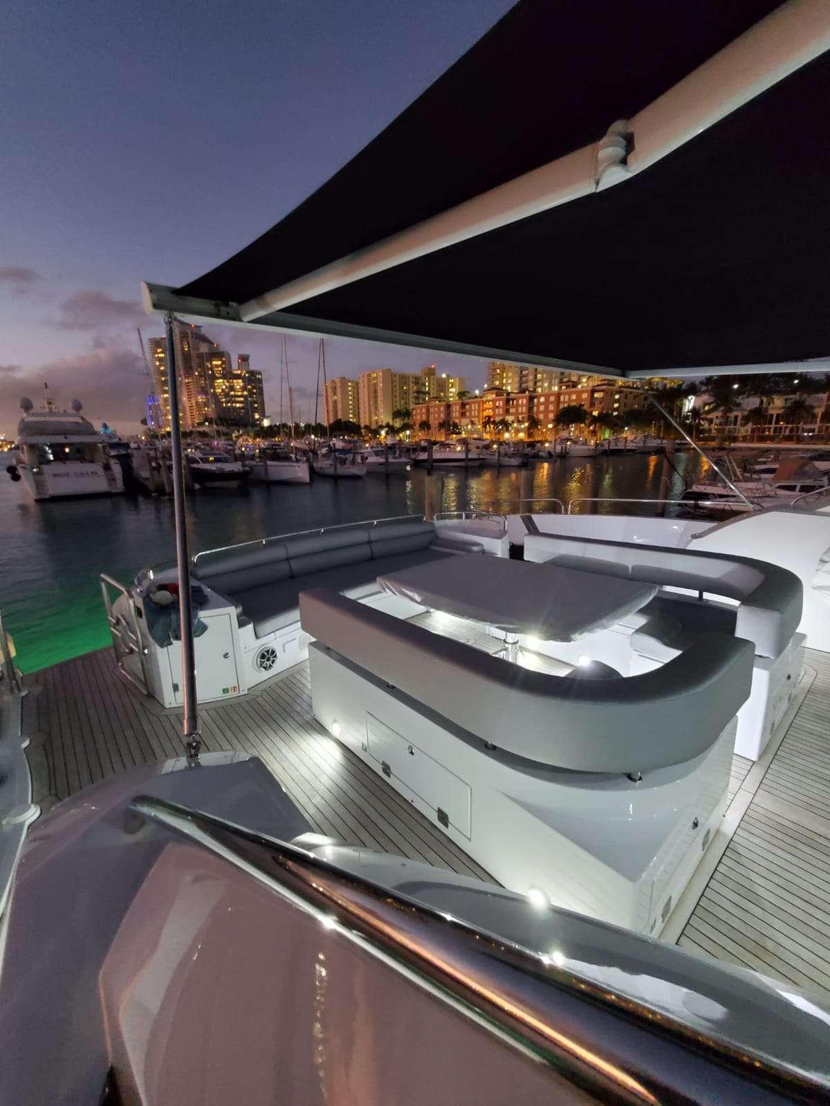motor yacht SKY FALL
