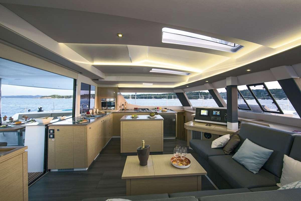 Cruising TW52 yacht image # 1