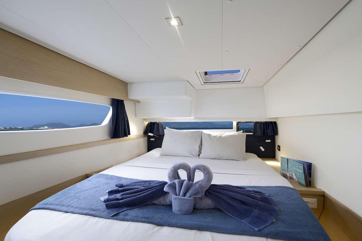 Cruising TW52 yacht image # 5