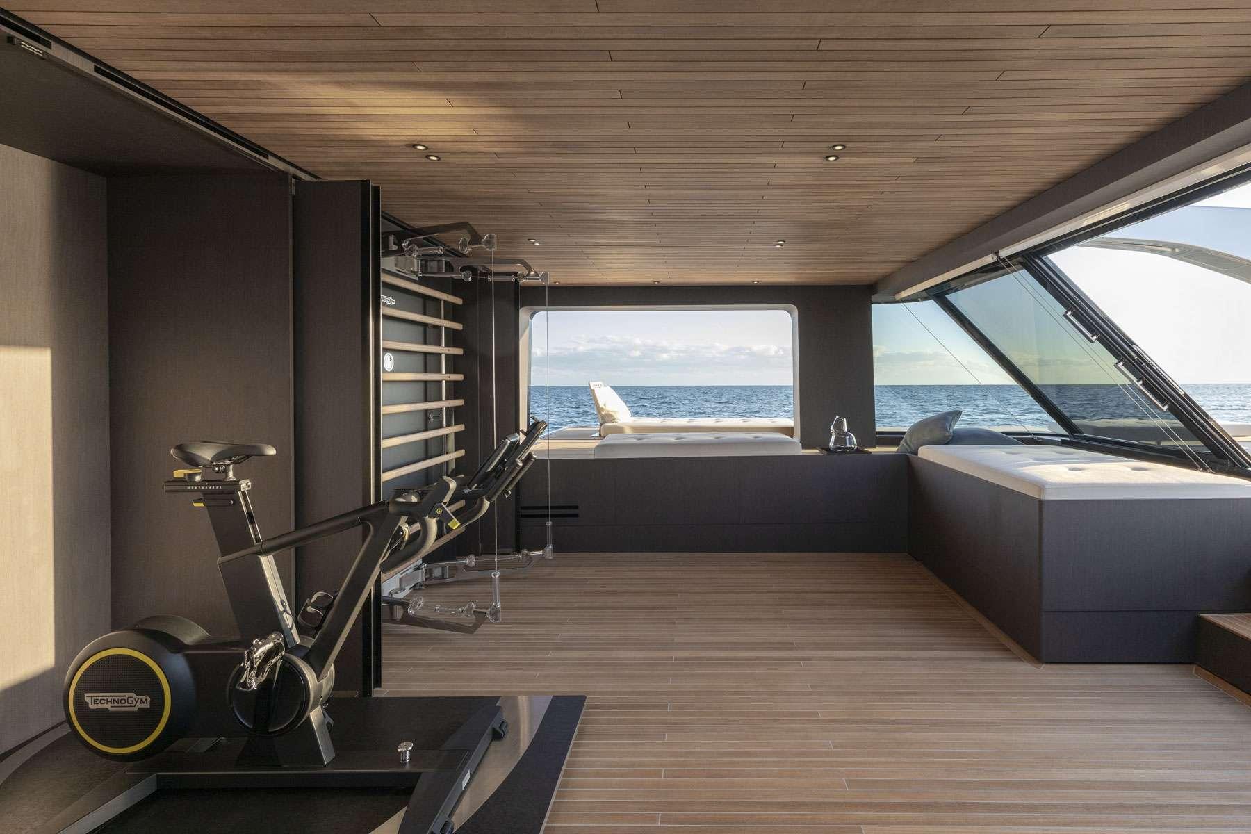 motor yacht Almax