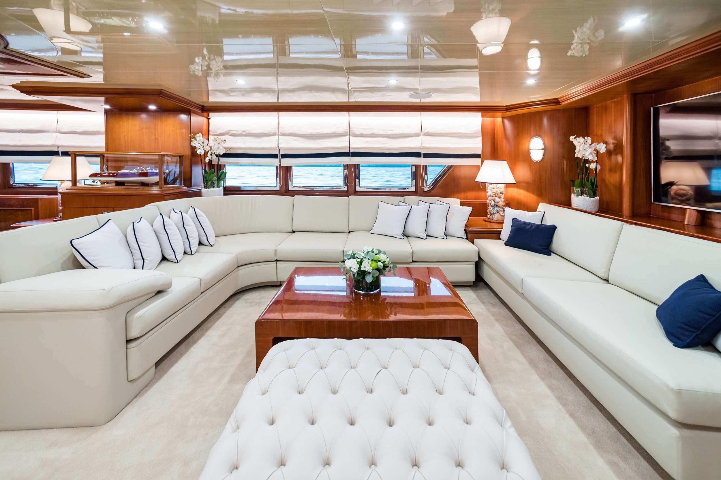 motor yacht WIND OF FORTUNE