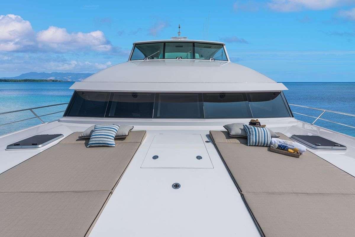 motor yacht SEAGLASS 74
