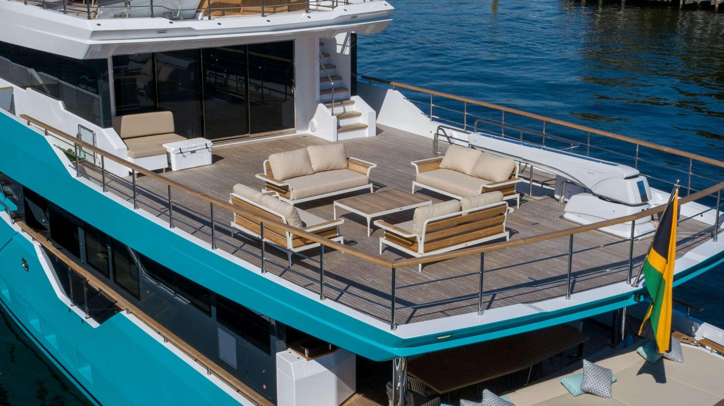 motor yacht ZARANIA