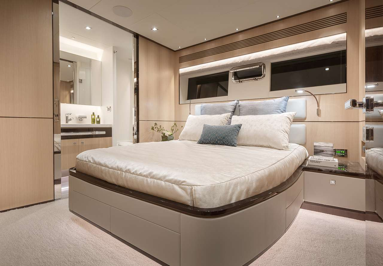 motor yacht Bella Tu